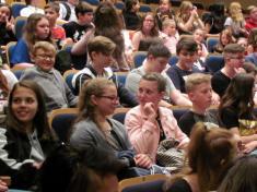 Sedmáci v divadle Radost