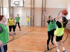 Školní basketbalový turnaj žákyň